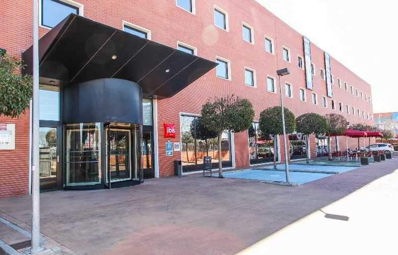 Ibis Madrid Arganda - Hotel - 0