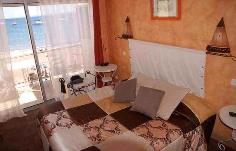 La Potiniere - Room - 4