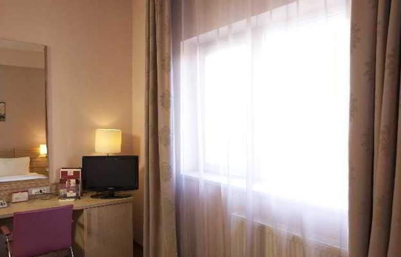 Rin Central - Room - 8