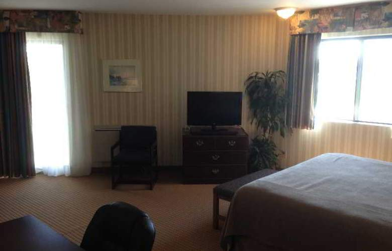 Quality Hotel & Suites - Room - 5