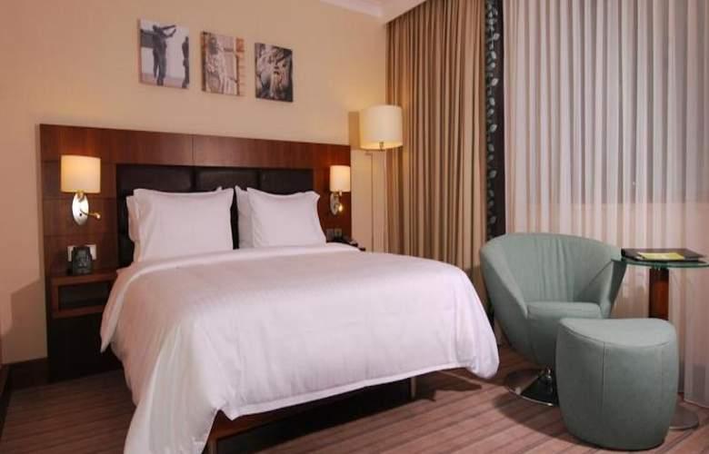 Hilton Garden Inn Rzeszow - Room - 6