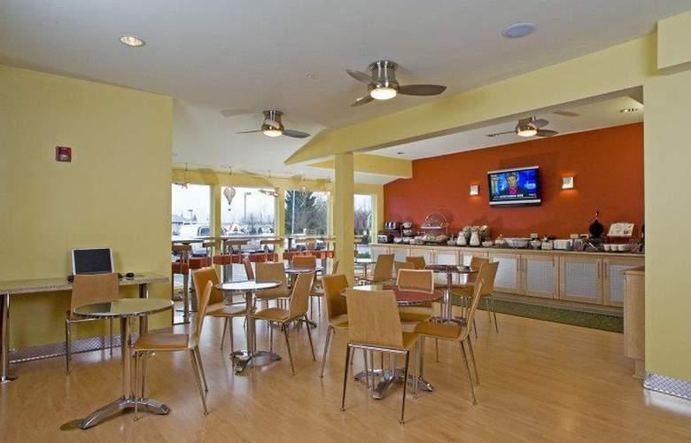 Best Western Plus Navigator Inn & Suites - Restaurant - 31