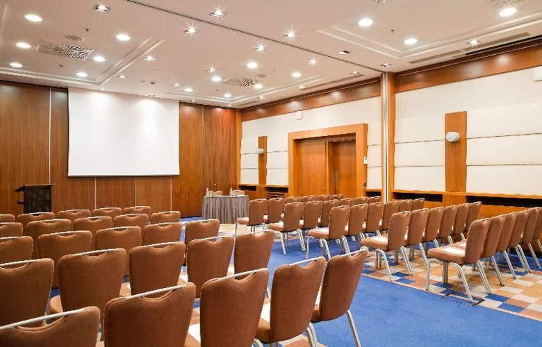 Radisson Blu Kiev - Conference - 1