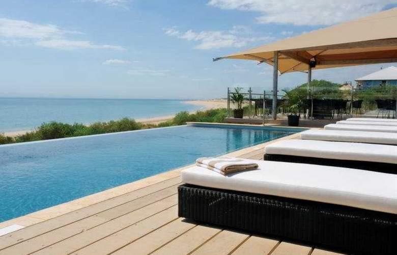 Eco Beach - Pool - 2
