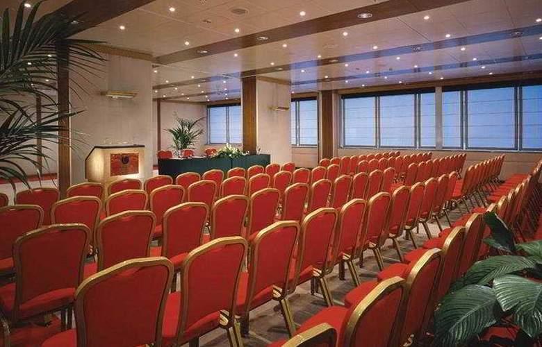 Cicerone - Conference - 4