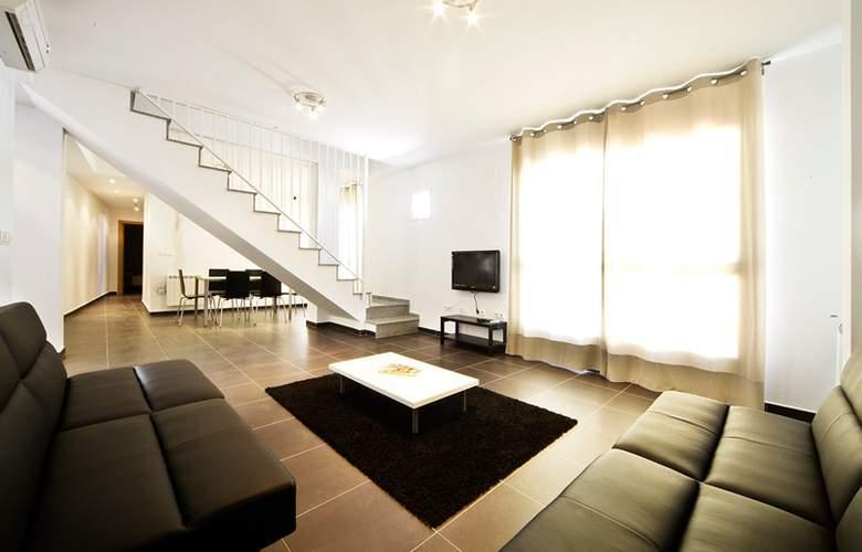 Marina Suites - Room - 3