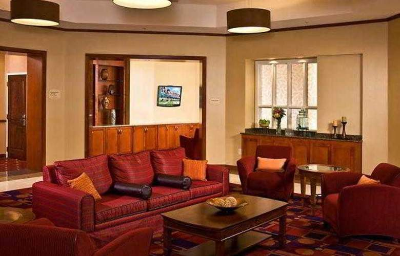 Residence Inn Alexandria Old Town South - Hotel - 1