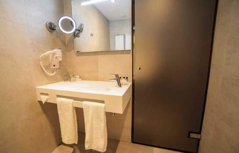 DoubleTree by Hilton Amsterdam - NDSM Wharf - Room - 23
