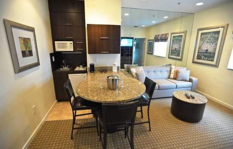 Crystal Beach Suites - Room - 6