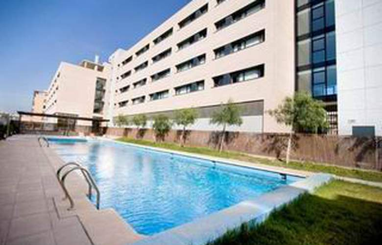Villa Alojamiento y Congresos - Pool - 6