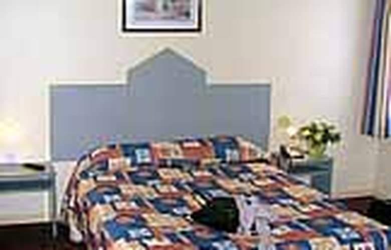 Comfort Colmar - Room - 2