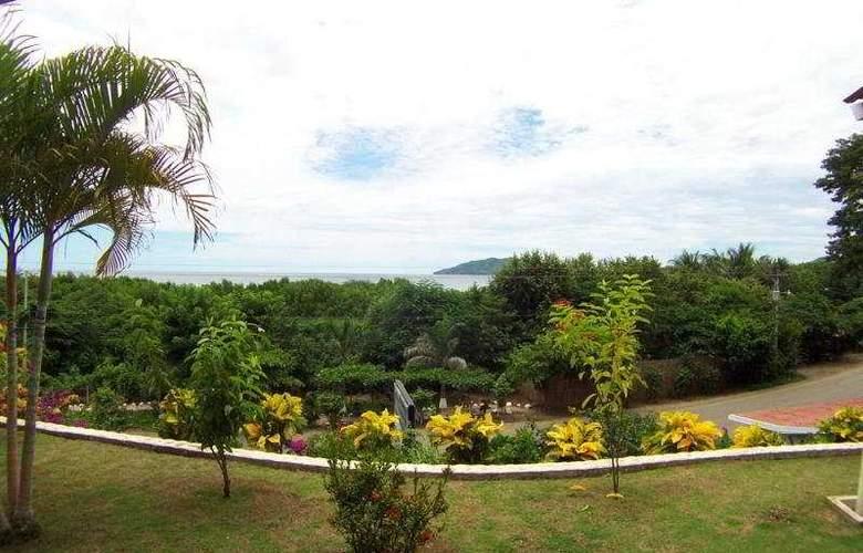Best Western Tamarindo Vista Villas - General - 1