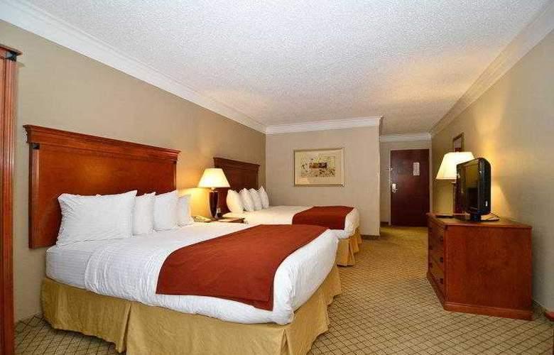 Best Western Plus Madisonville Inn - Hotel - 2