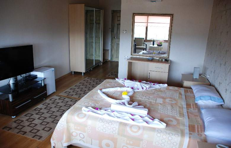 Calamie Hotel - Room - 9