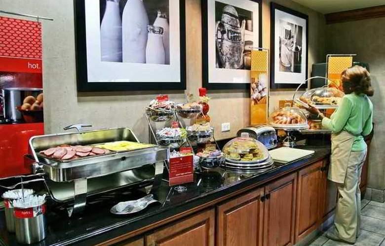 Hampton Inn Pensacola-Airport (Cordova Mall) - Hotel - 9