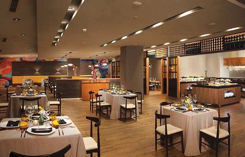 Dreams Playa Mujeres - Restaurant - 25