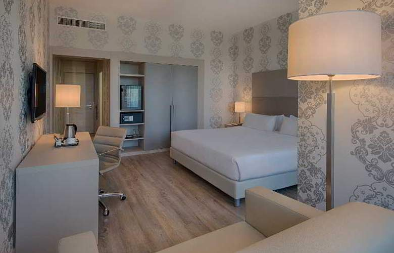 NH Firenze - Room - 15