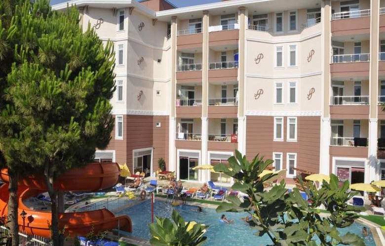 Primera Hotel Apart - Pool - 11