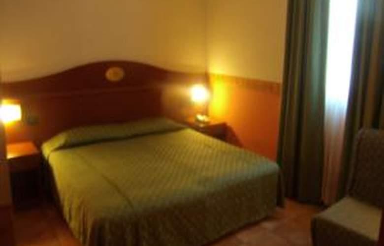 Conte Luna - Room - 1