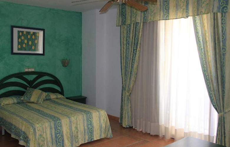Neptuno Calella - Room - 17