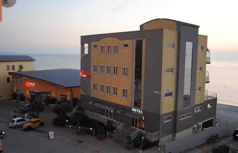 Aragosta - Hotel - 0
