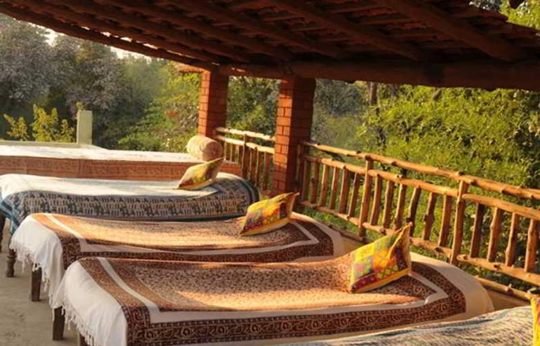 Bandhavgarh Jungle Lodge - General - 4