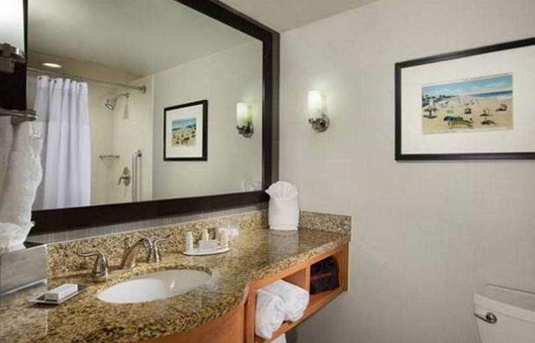Courtyard By Marriott Fort Lauderdale Beach - Room - 15