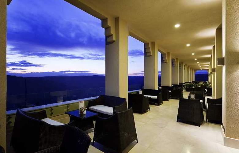 Hilton Garden Inn Mardin - Terrace - 20