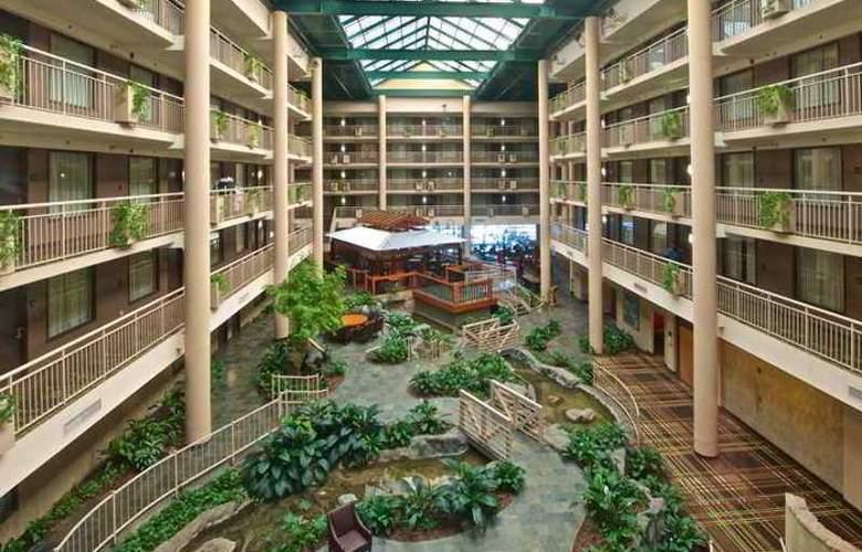 Embassy Suites Hotel Syracuse - Hotel - 7