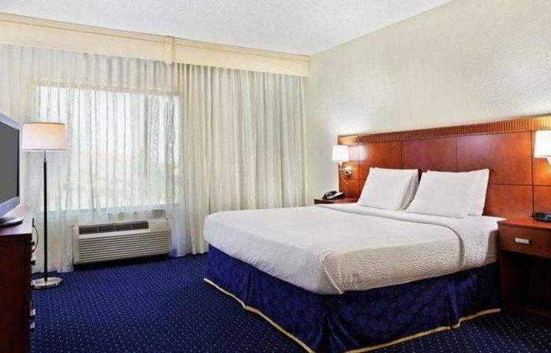 Courtyard Austin Airport - Hotel - 13