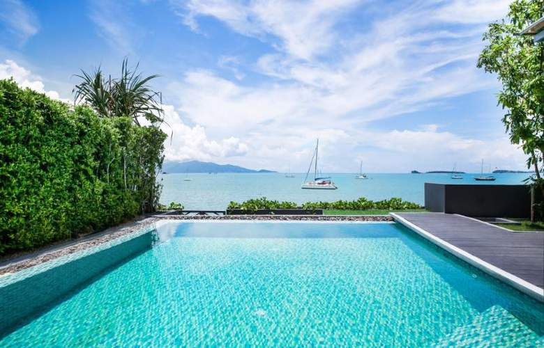 Celes Beachfront Resort - Pool - 2