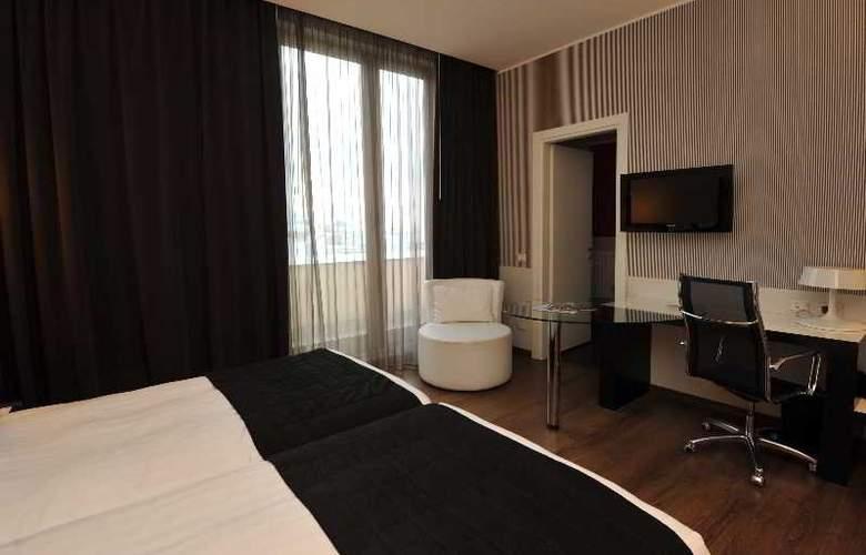Holiday Inn Genoa City - Room - 1