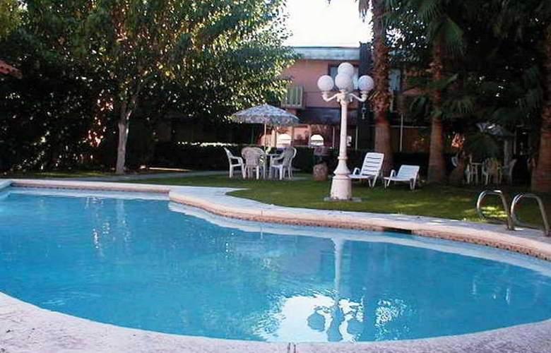 La Teja - Pool - 2