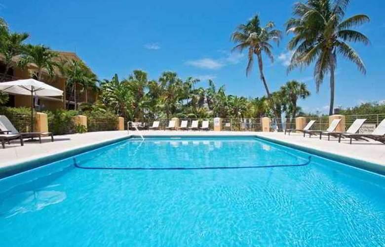 Hampton Inn Key Largo - Hotel - 2