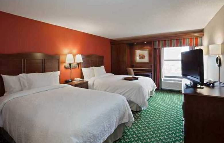 Hampton Inn Elkhart - Hotel - 1