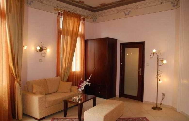 Augustos - Room - 3