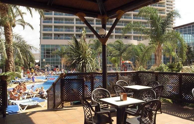 Medplaya Flamingo Oasis - Terrace - 6