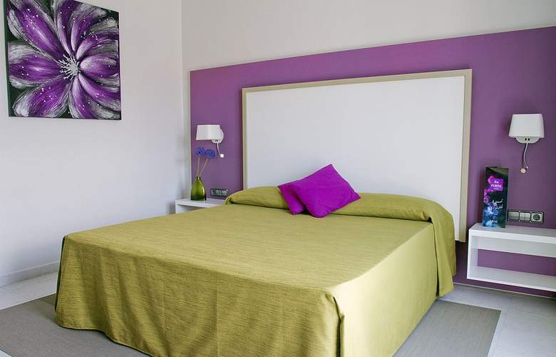 The Purple by Ibiza Feeling - Room - 10