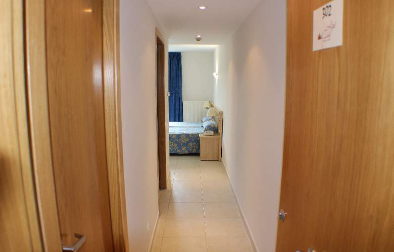 Cubil - Room - 15