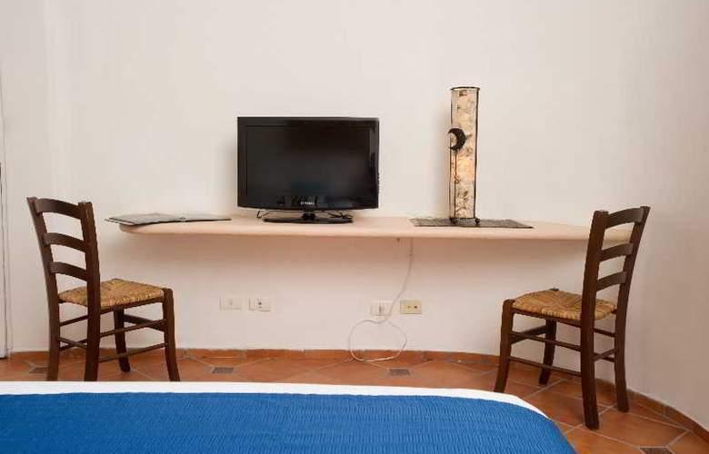 Aqualuna Hotel - Room - 9