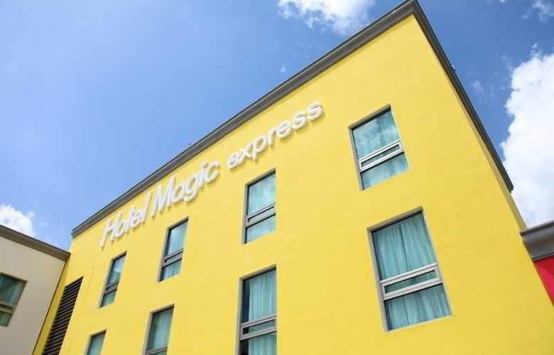 Magic Express - Hotel - 13