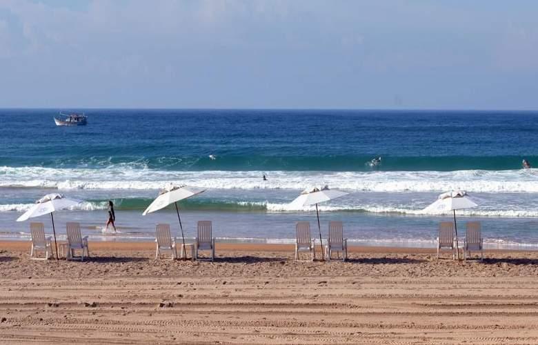 Le Relais La Borie - Beach - 15