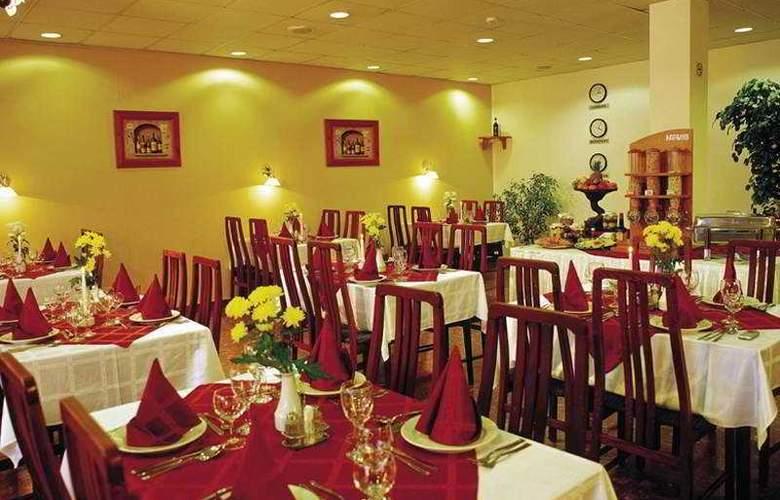 Gerand Touring - Restaurant - 4
