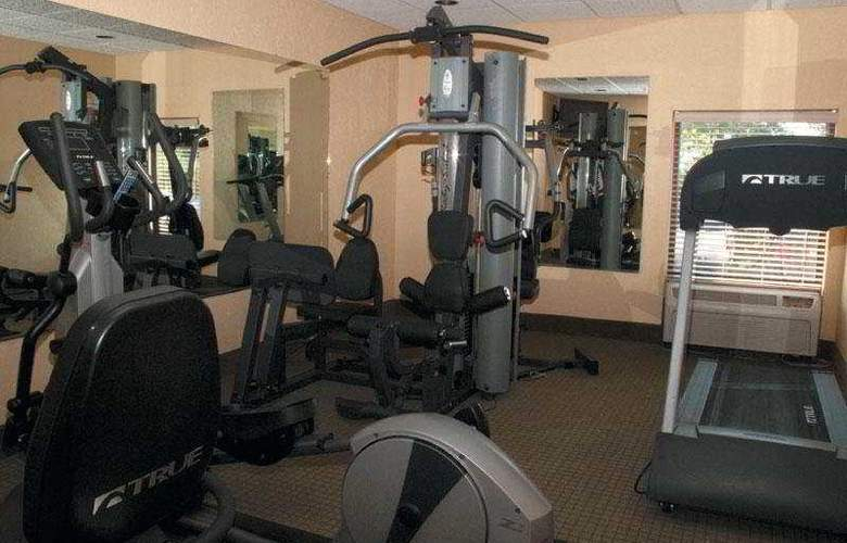 La Quinta Inn & Suites Charleston Riverview - Sport - 7