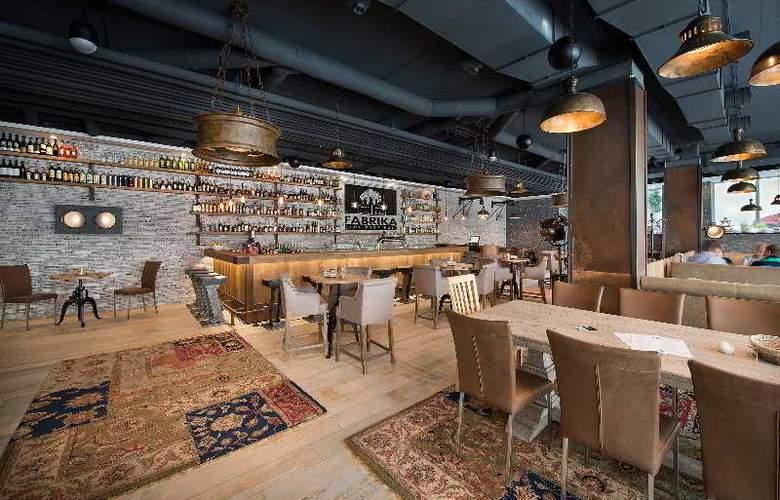LOFT Bratislava - Restaurant - 15