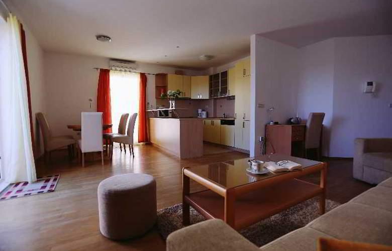 Pervanovo Apartments - Room - 40