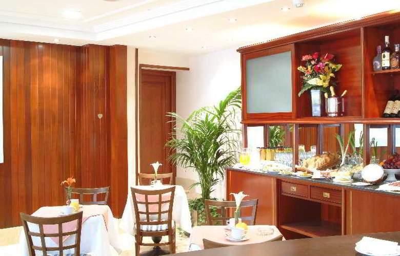 Gran Legazpi - Restaurant - 9