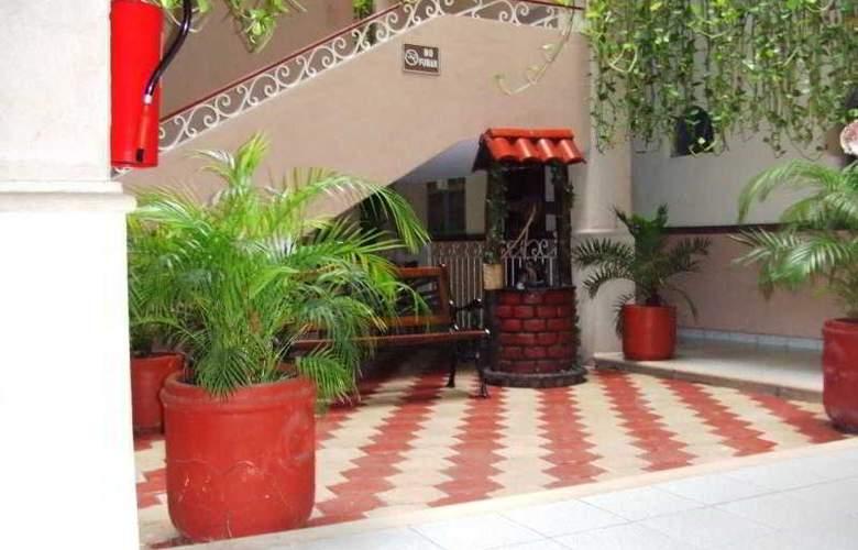 El Español - Hotel - 0