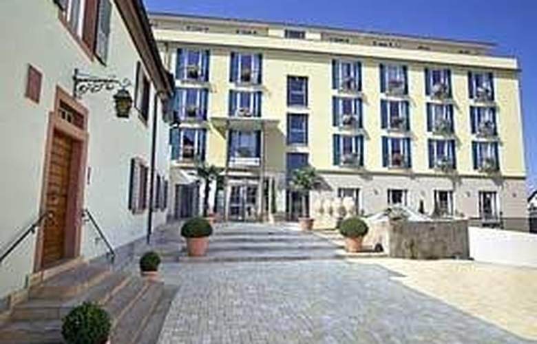 Clarion Hotel Hirschen - Hotel - 0