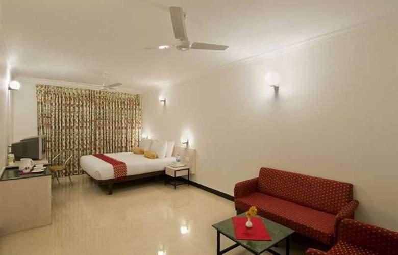 Grand Hotel - Room - 6